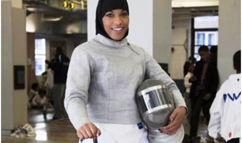 Atletja e parë amerikane muslimane, që merrë pjesë në Olimpiadë me shami