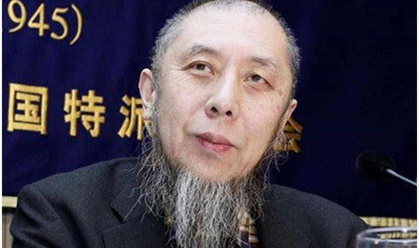 Dr.Hassan Ko Nakata në një konferencë për shtyp, Tokio, 2015