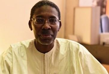 Këshilltari nga Senegali, Al-Haxh Musa Fal
