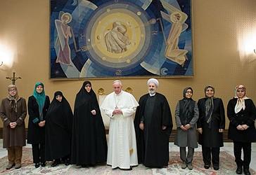 Papa Françesku gjatë  takimit me zëvendëskryetaren e Iranit, Masoumeh Ebtekar, në Vatikan