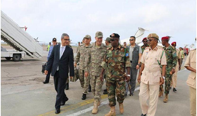 Akademia u inaugurua nga Shefi i Shtabit të Përgjithshëm të Turqisë,  kryeministri somalez në kryeqytet, në Mogadishu