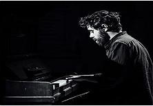 Pianisti dhe kompozitori i njohur italian Federiko Albanese